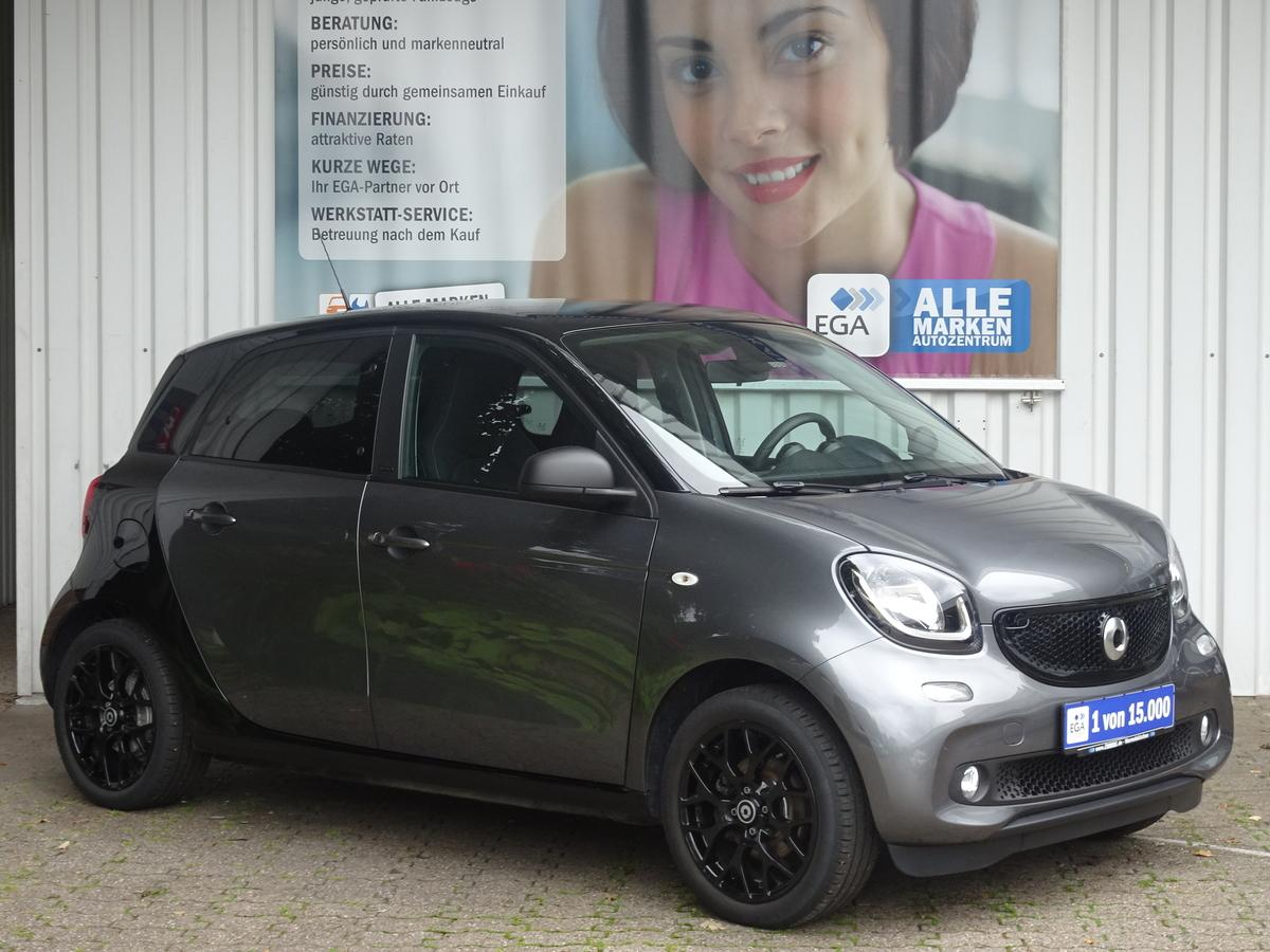 Smart ForFour passion SLEEK&STYLE/COOL&AUDIO/PTS/SHZ/SUNSET/LED