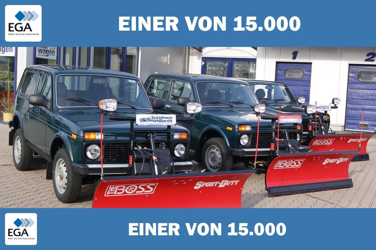 Lada Niva 4x4 Winterdienst * Schneepflug * Streuer * Bestellfahrz