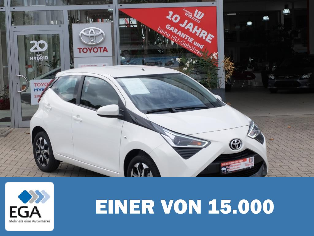 Toyota Aygo x-play connect, 0 Euro Versicherung, 99 Euro Rate