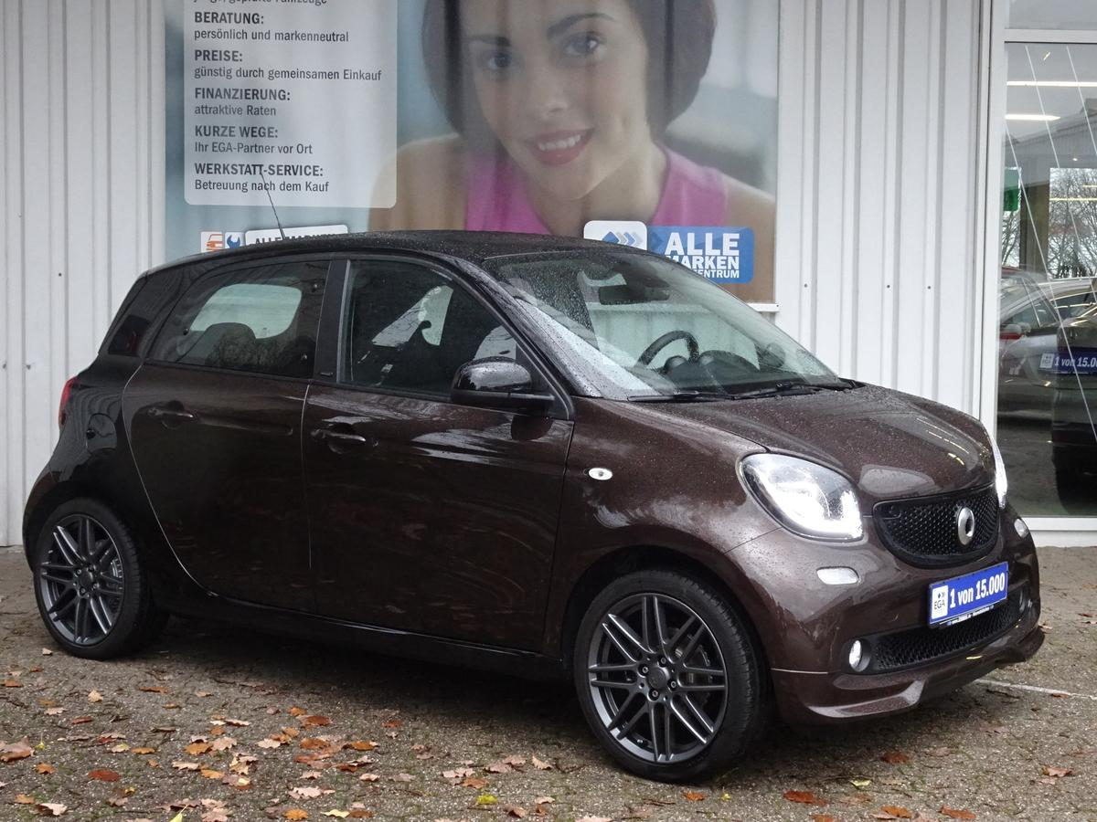 Smart ForFour DCT BRABUS passion COOL&AUDIO PANORAMA LED&SENSOR PT