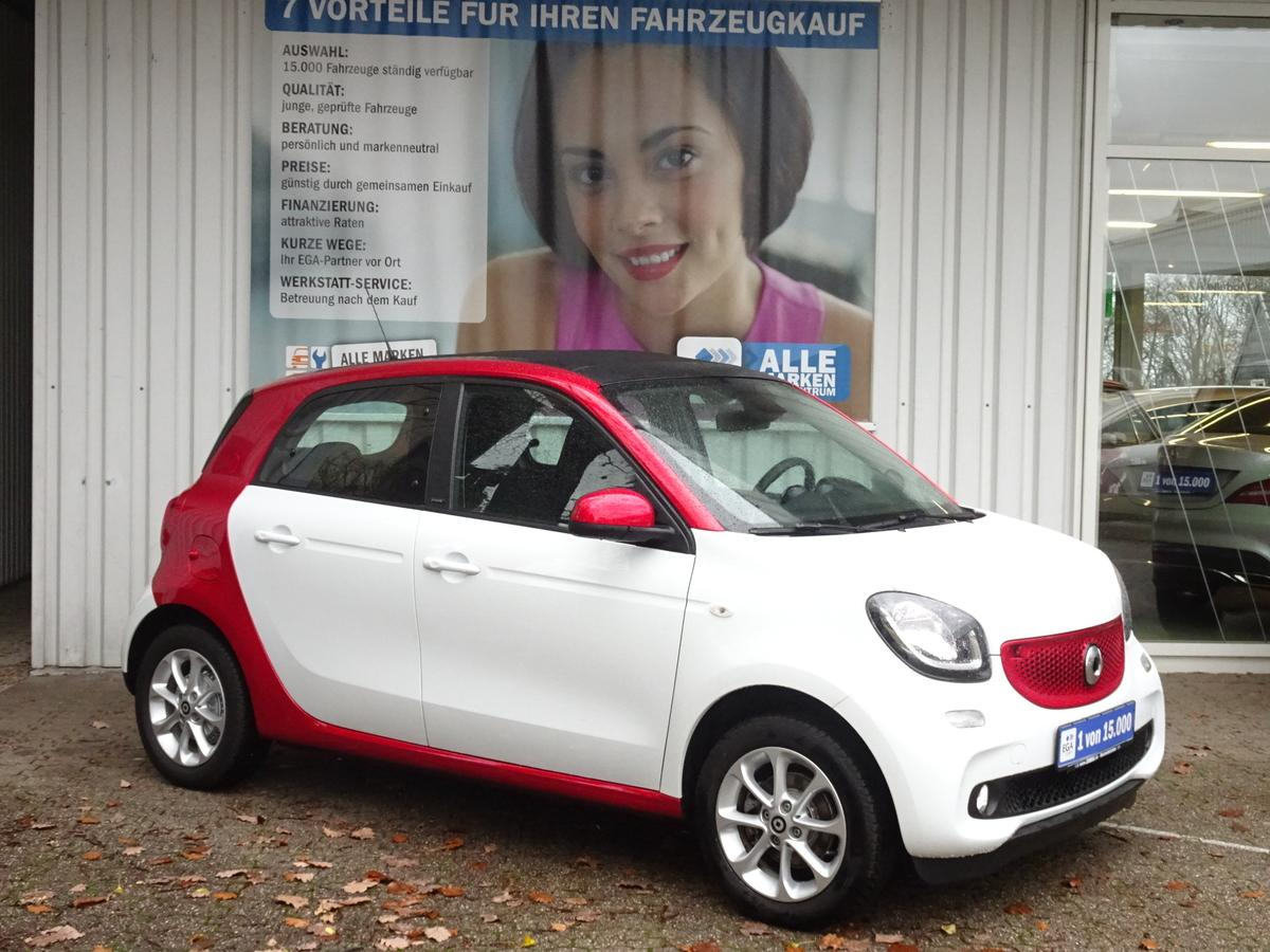 Smart ForFour passion FALTDACH*PDC*KAMERA*SHZ*NAV*COOL*MEDIA*KOMFO