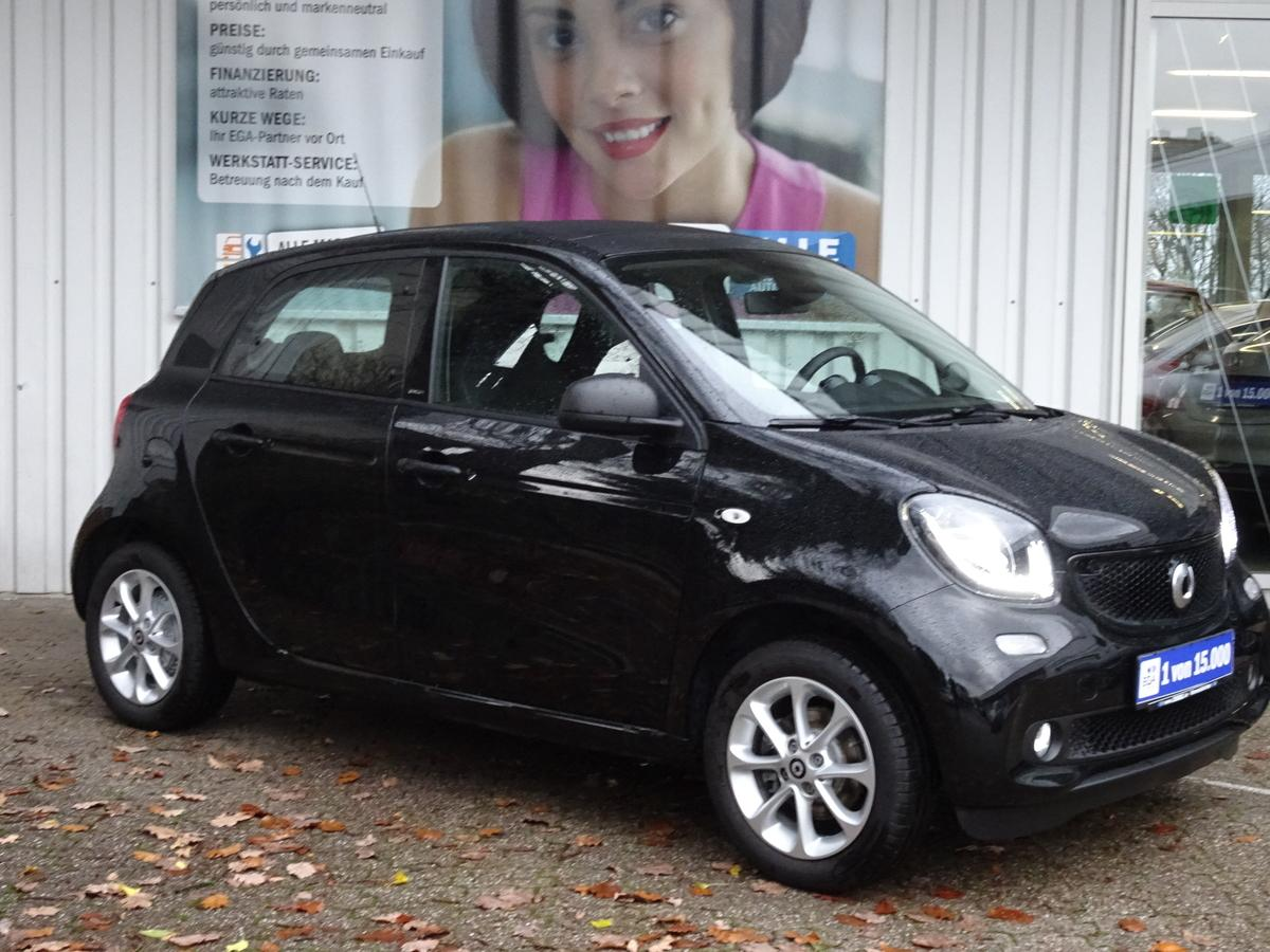 Smart ForFour twinamic passion FALTDACH*PDC*SHZ*COOL*AUDIO*LED*SEN