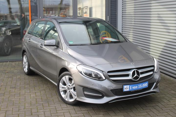 Mercedes-Benz B 180 d 7G DCT Urban, Comand, LED High, Sitzh, Parkassist