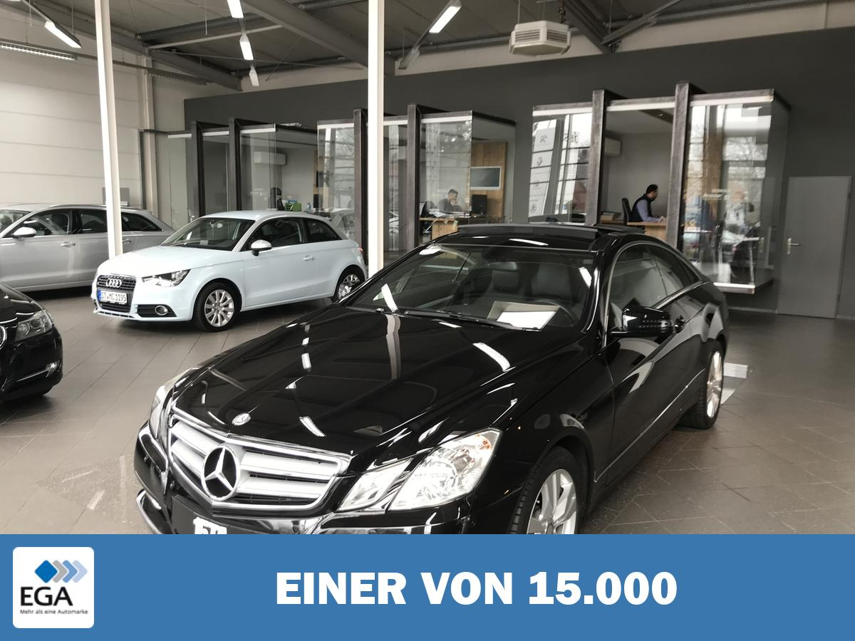 Mercedes-Benz E 200 CGI Coupe Elegance BlueEffic. Navi PDC Pano Standheiz.