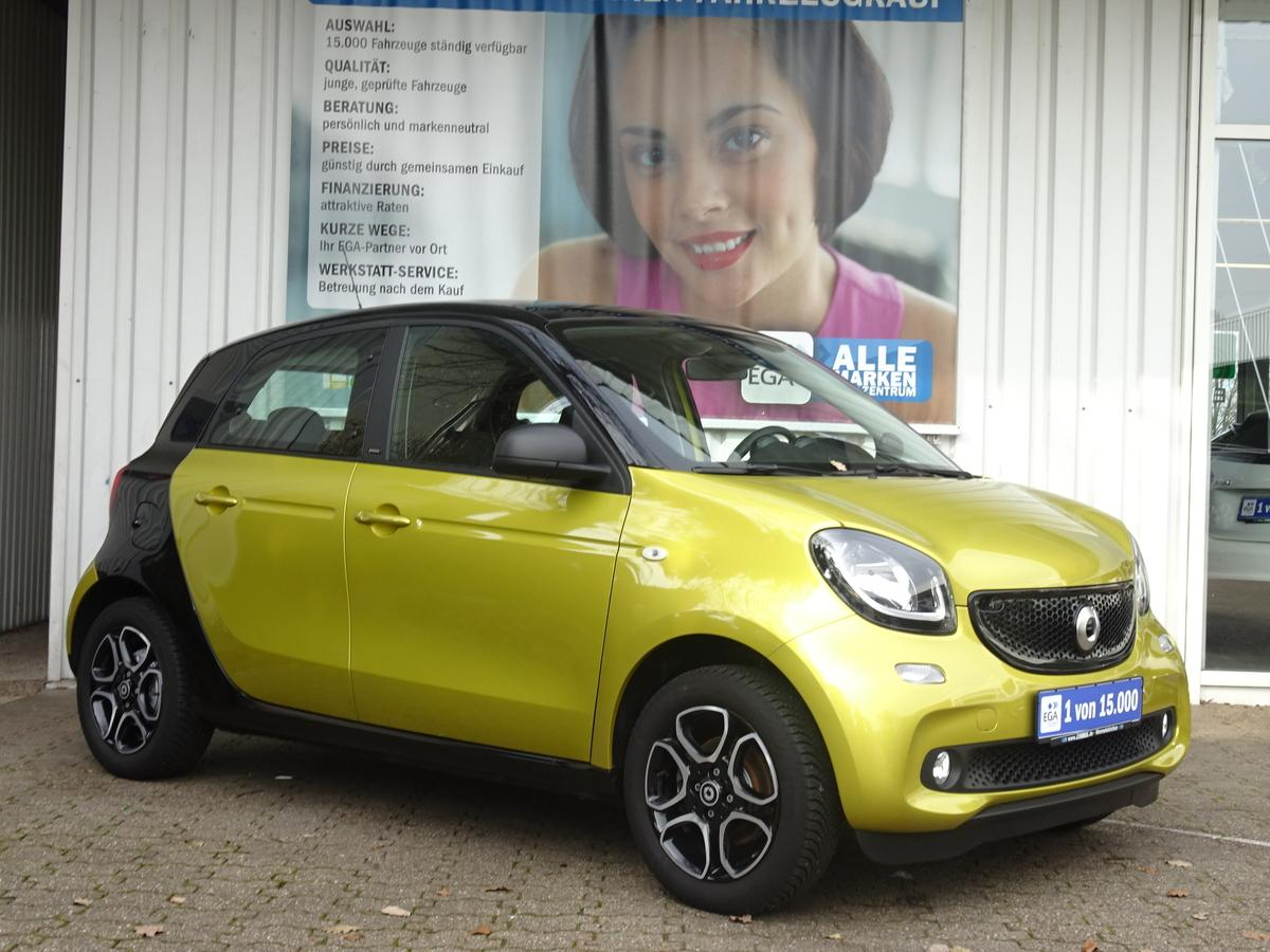 Smart ForFour twinamic PANORAMA*COOL*AUDIO*PDC*SHZG*LED*SENSOR*ALU