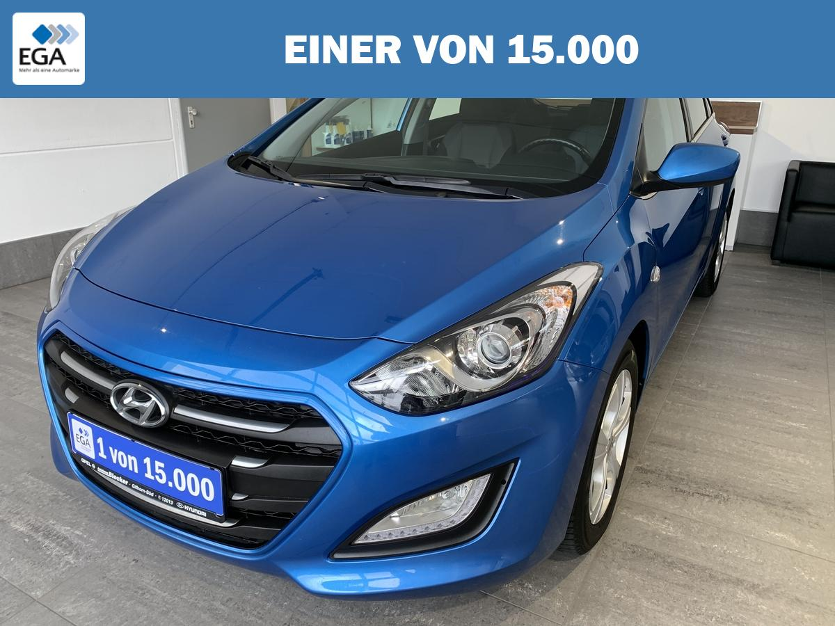 Hyundai i30 1.6 YES! *PDC*Klima*Bluetooth*8-Fach bereift*