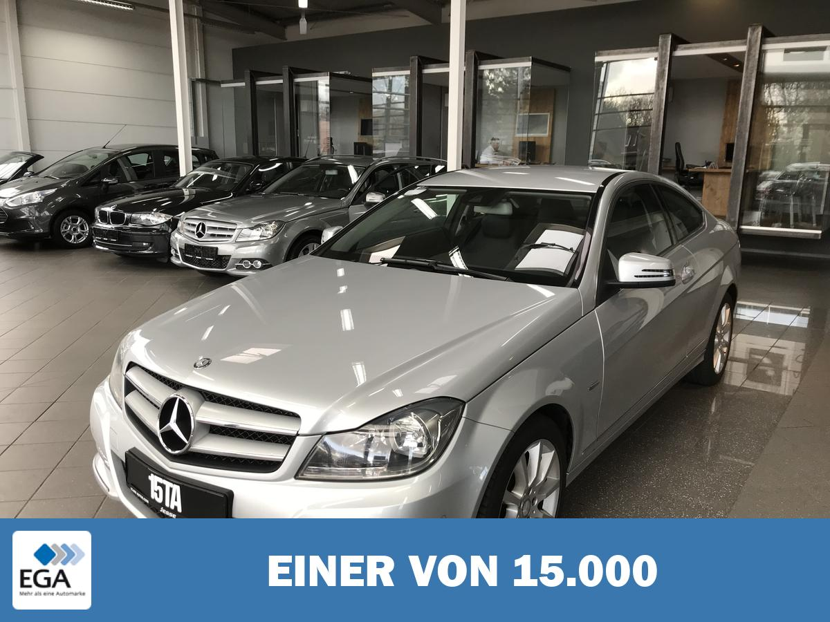 Mercedes-Benz C 180 CGI Coupe BlueEfficiency 7G Navi COMAND PDC