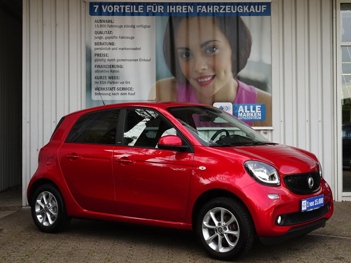 Smart ForFour passion NAVI/COOL&MEDIA/LED/KOMFORT/PTS/SHZ/AMBIENTE