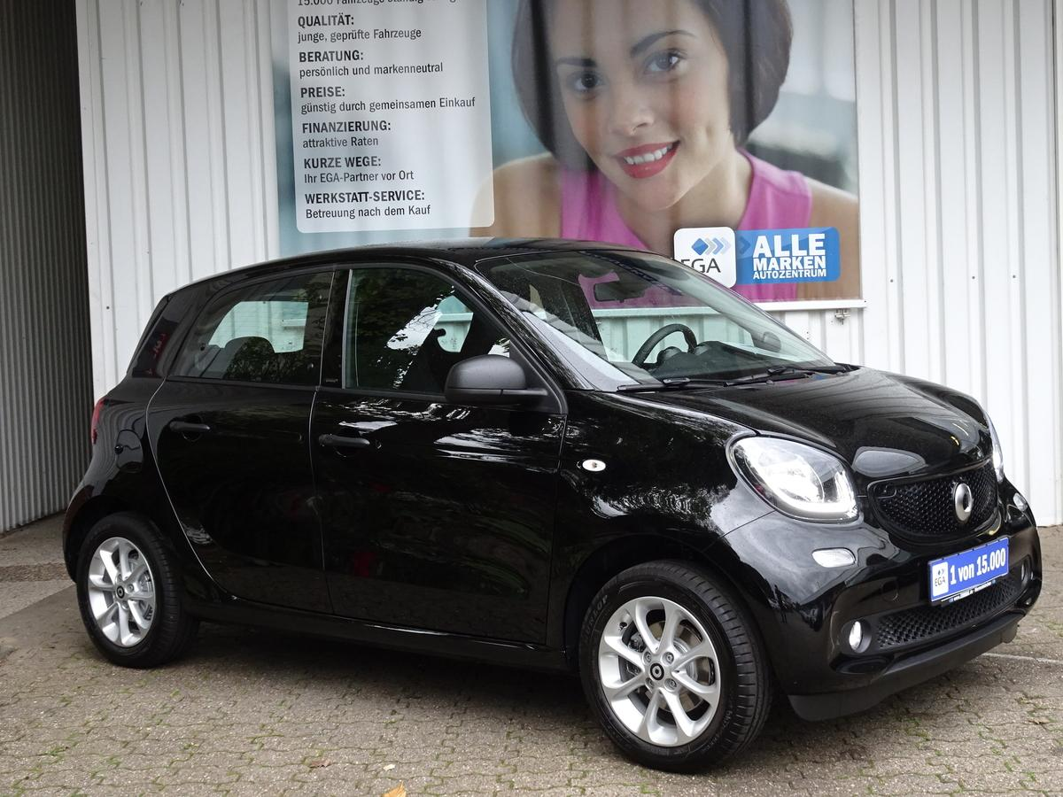 Smart ForFour passion COOL*AUDIO*LED*PTS*SHZ*AMBIENTE*TEMPOMAT*ALU