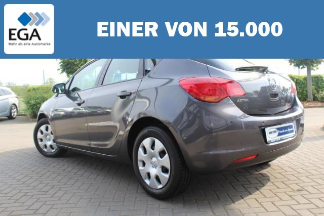 Opel Astra J 1.6 Design Edition PDC/Tempomat/Nebel