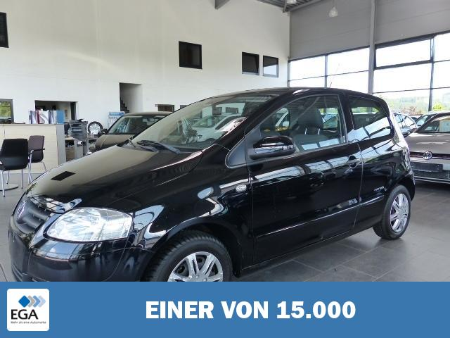 Volkswagen Fox 1.2 Refresh 8fach bereift Radio CD
