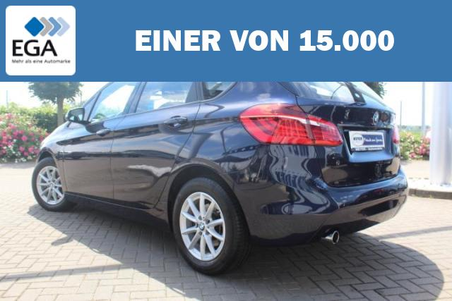 BMW 218i Active Tourer Advantage LED/Navi/PDC/SHZ/Kamera