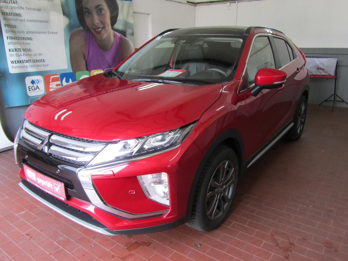 Mitsubishi Eclipse Cross 1.5 T AWD +LED+Panoramadach+Navi