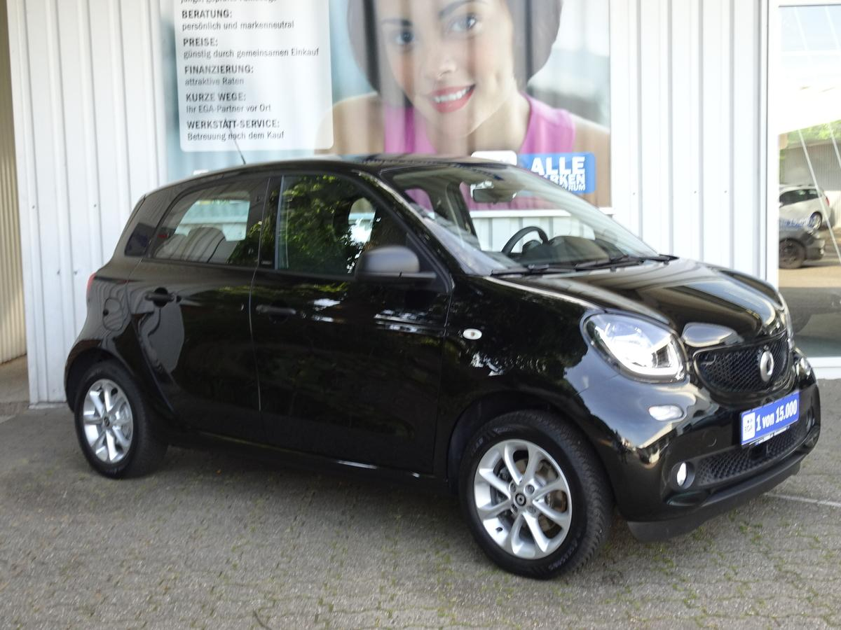 Smart ForFour passion*COOL*AUDIO*LED*SENSOR*PTS*SHZG*KOMFORT*ALU*