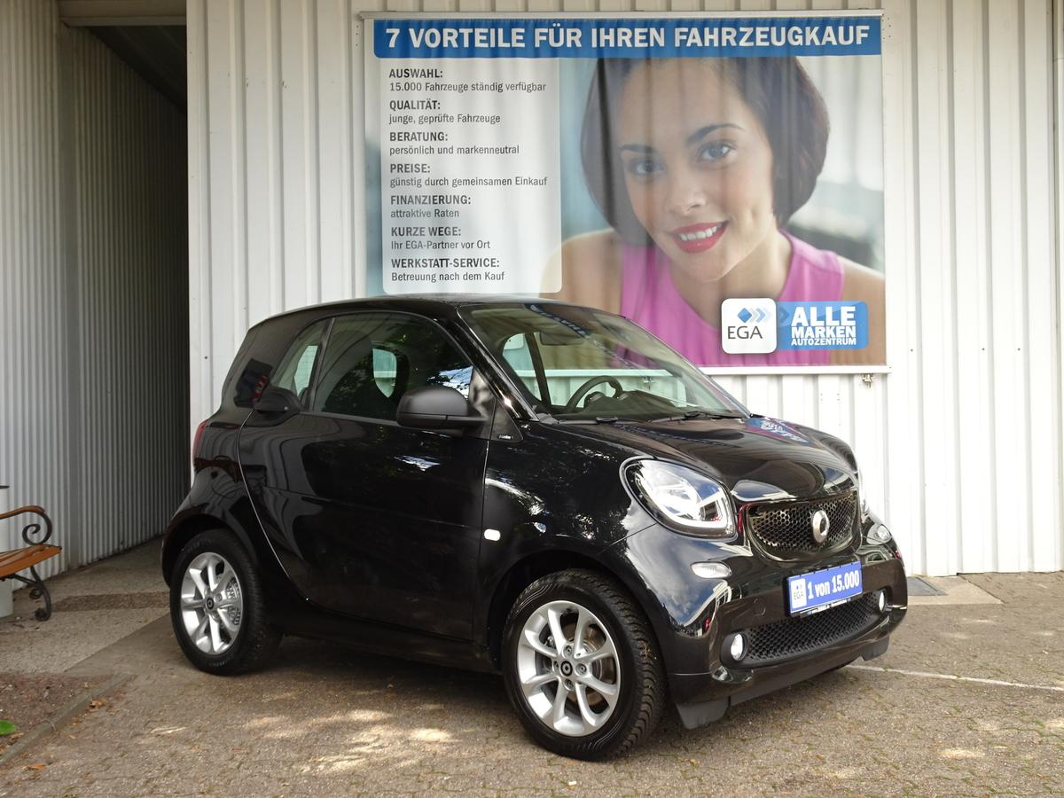 Smart ForTwo 52KW passion PANO*SHZ*PDC*COOL*AUDIO*LED*SENSOR*TEMPO