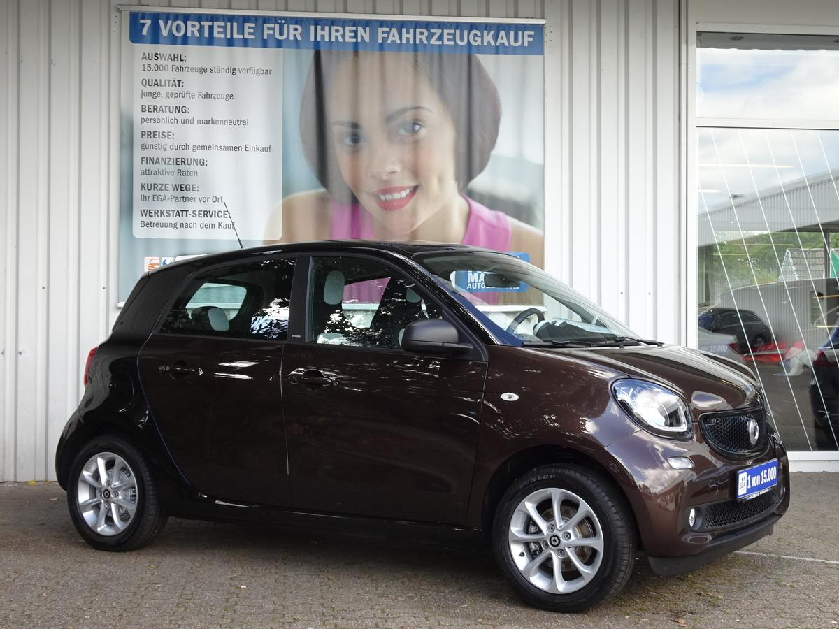 Smart ForFour 66kW passion PANO*COOL*AUDIO*LED*SENSOR*PDC*SHZ*KOMF