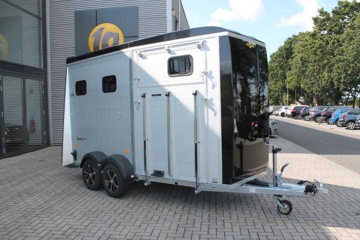 Humbaur Notos Xtra  2700,Frontausstieg immer auf Lager