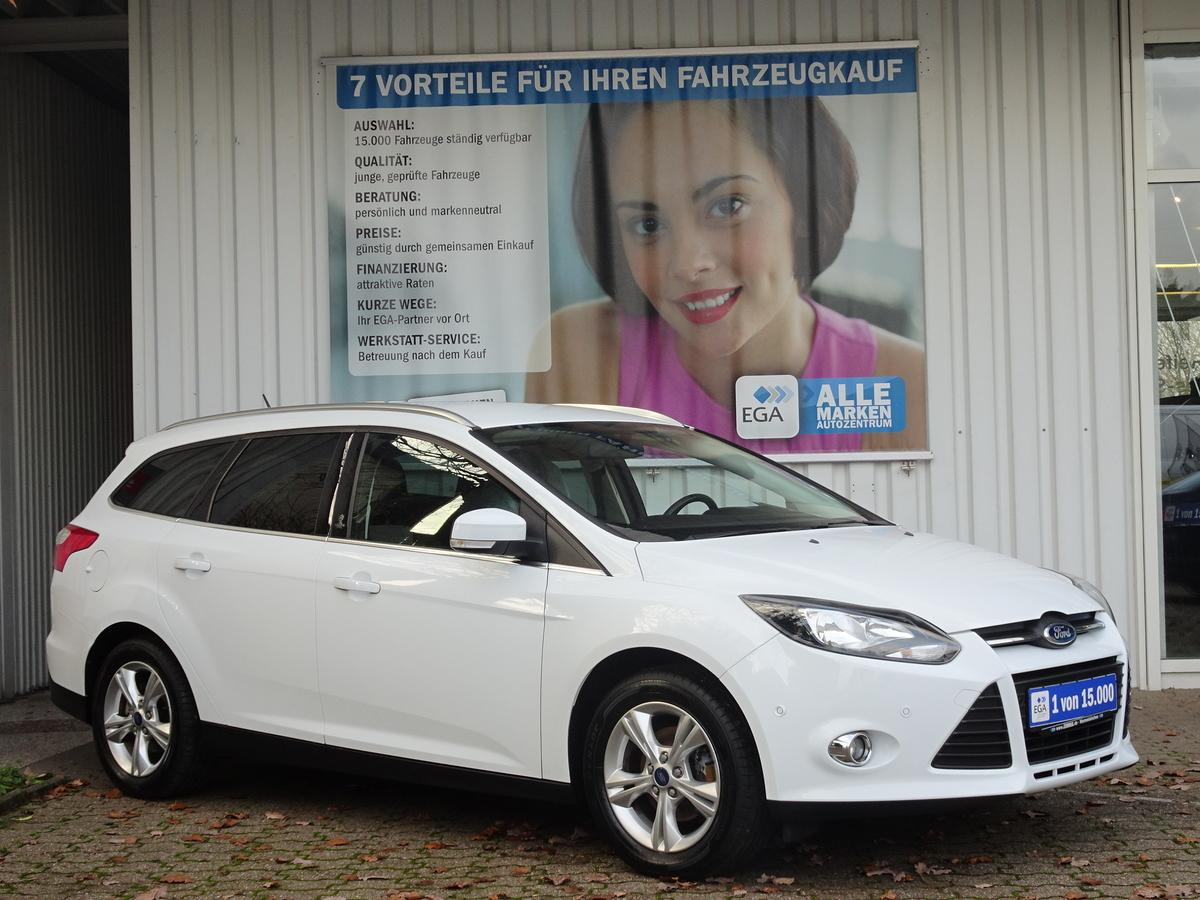 Ford Focus 1.6 Ti-VCT Champions Edition *WINTERPAKET*AHK*PDC*