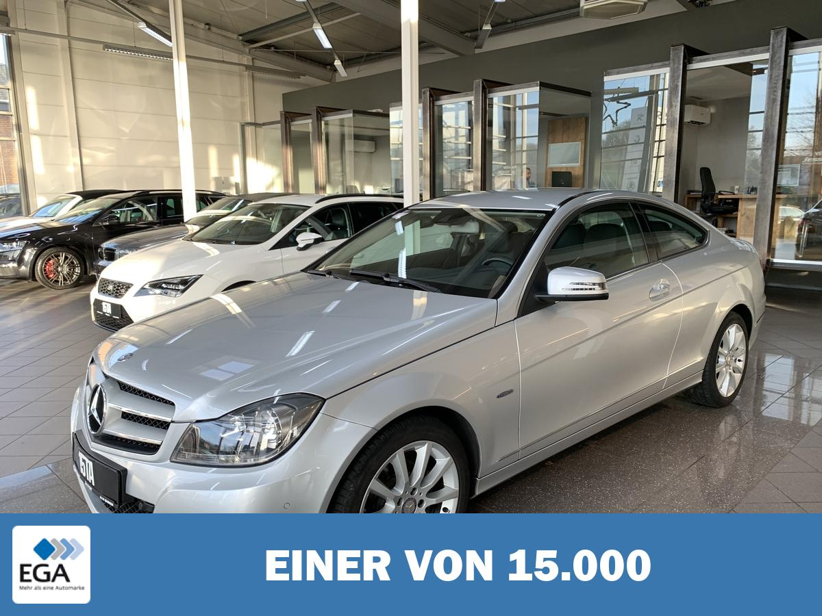 Mercedes-Benz C 180 CGI Coupé BlueEffi. Navi Comand PDC