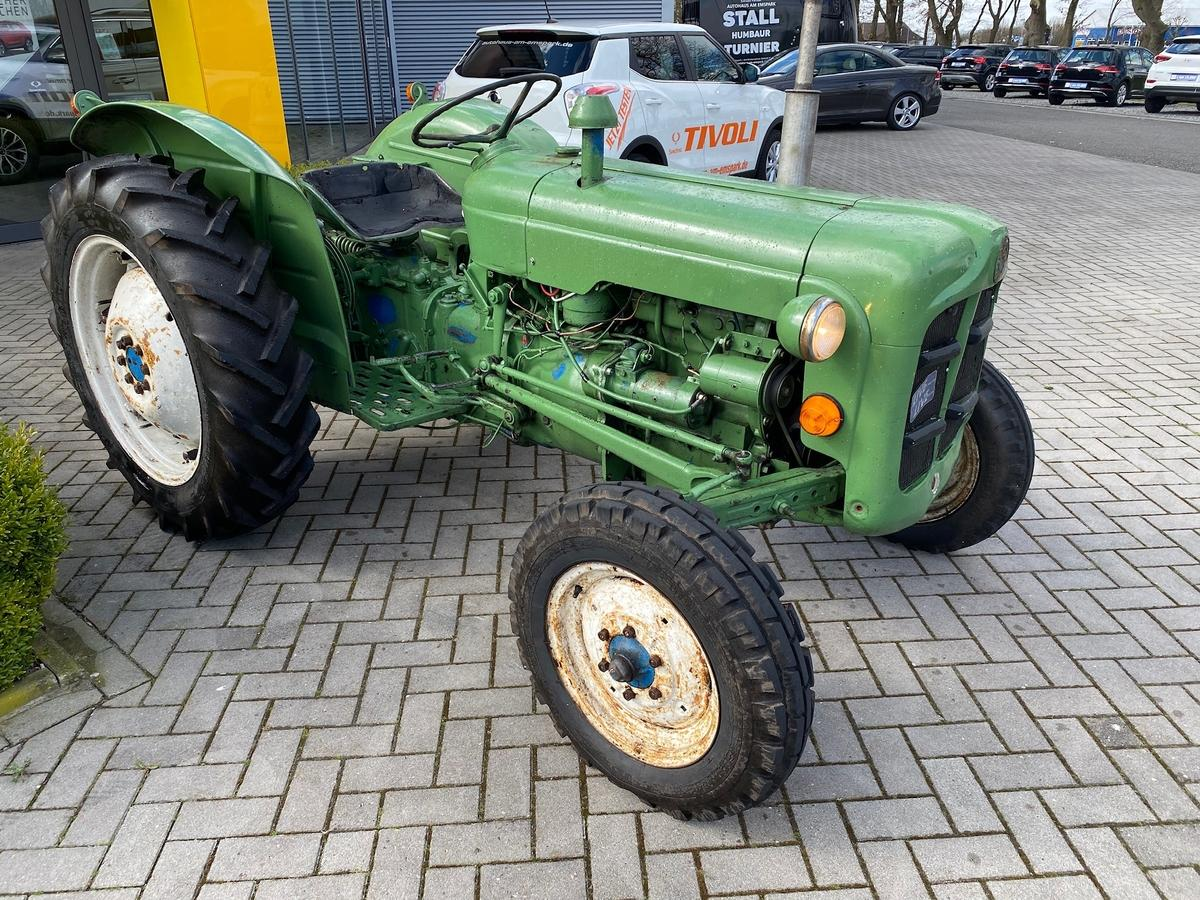 Ford Fordson Dexta Trecker, Schlepper läuft top