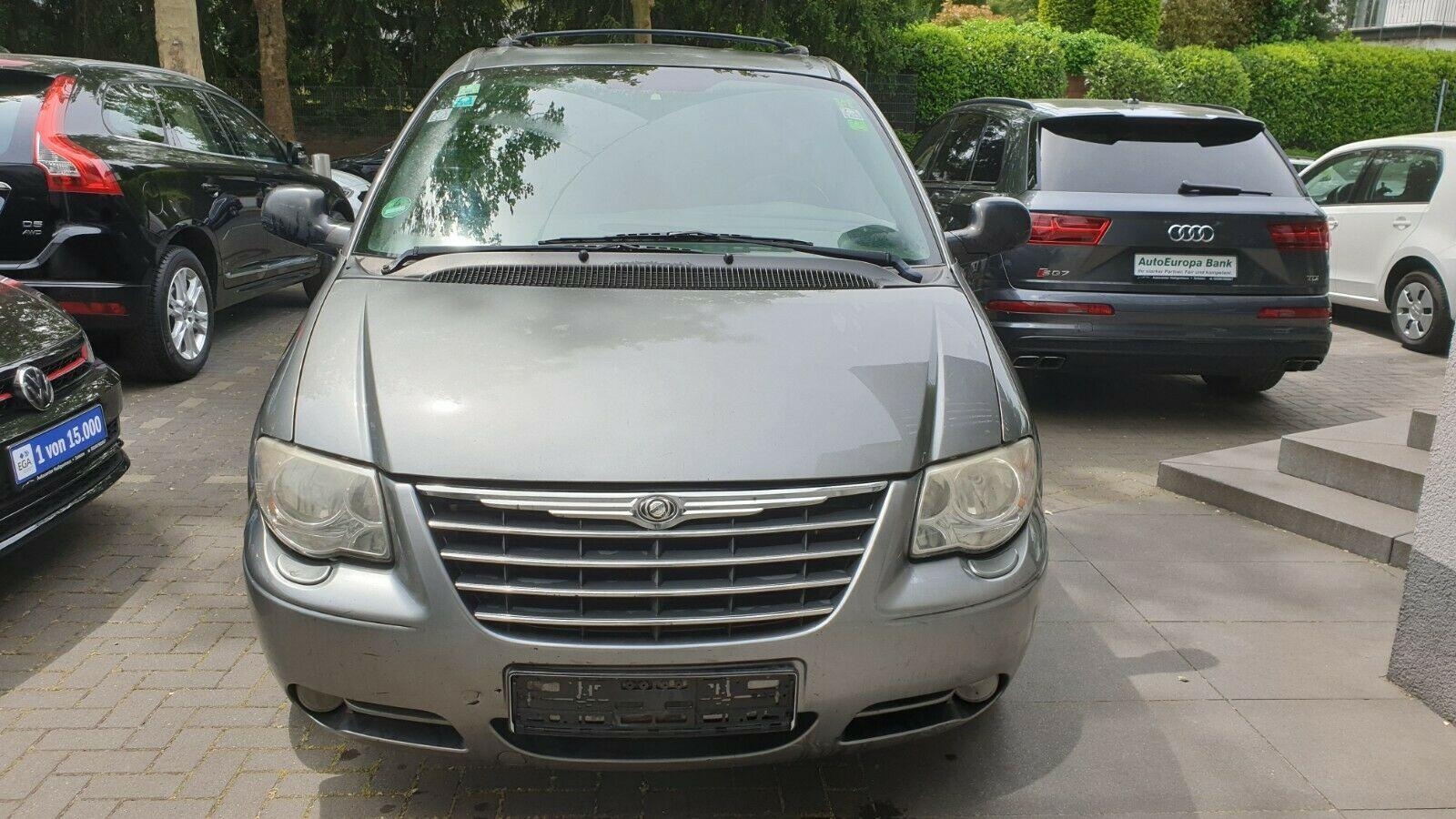 CHRYSLER Grand Voyager 2.8 CRD Limited Stow'n Go Tempo
