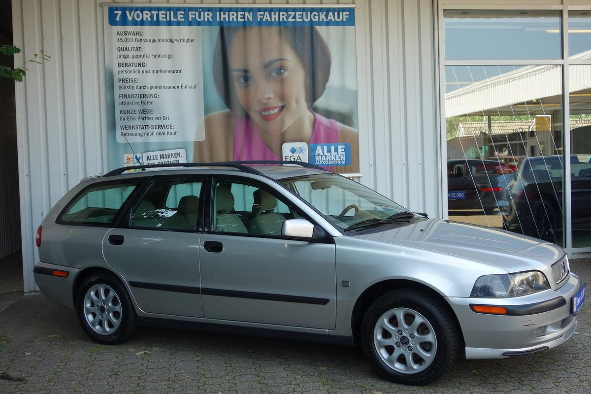 Volvo V40 KOMBI 2,0  KLIMA AHK TEMPO HU 5/22