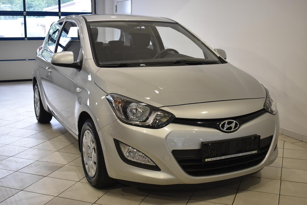Hyundai i20 5 Star Edition Ganzjahresbereifung