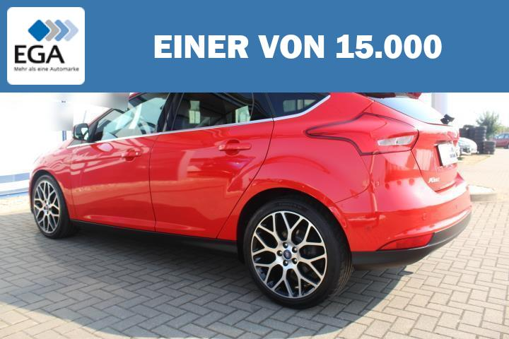 Ford Focus 1.5 EcoBoost Titanium SHZ/PDC/18-Zoll Alu/