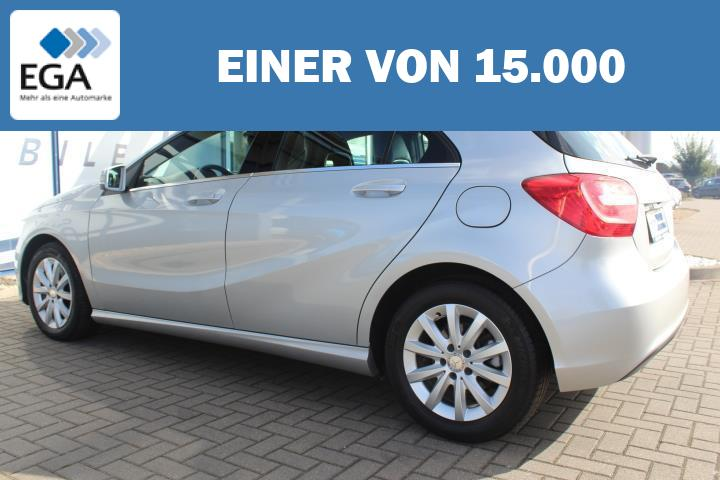 Mercedes-Benz A 180 BlueEfficiency SHZ/AHK/Kamera/16-Zoll/Temp