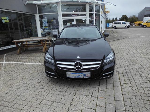 Mercedes-Benz CLS 350 TÜV bis 10/22, Bremsen neuwertig.