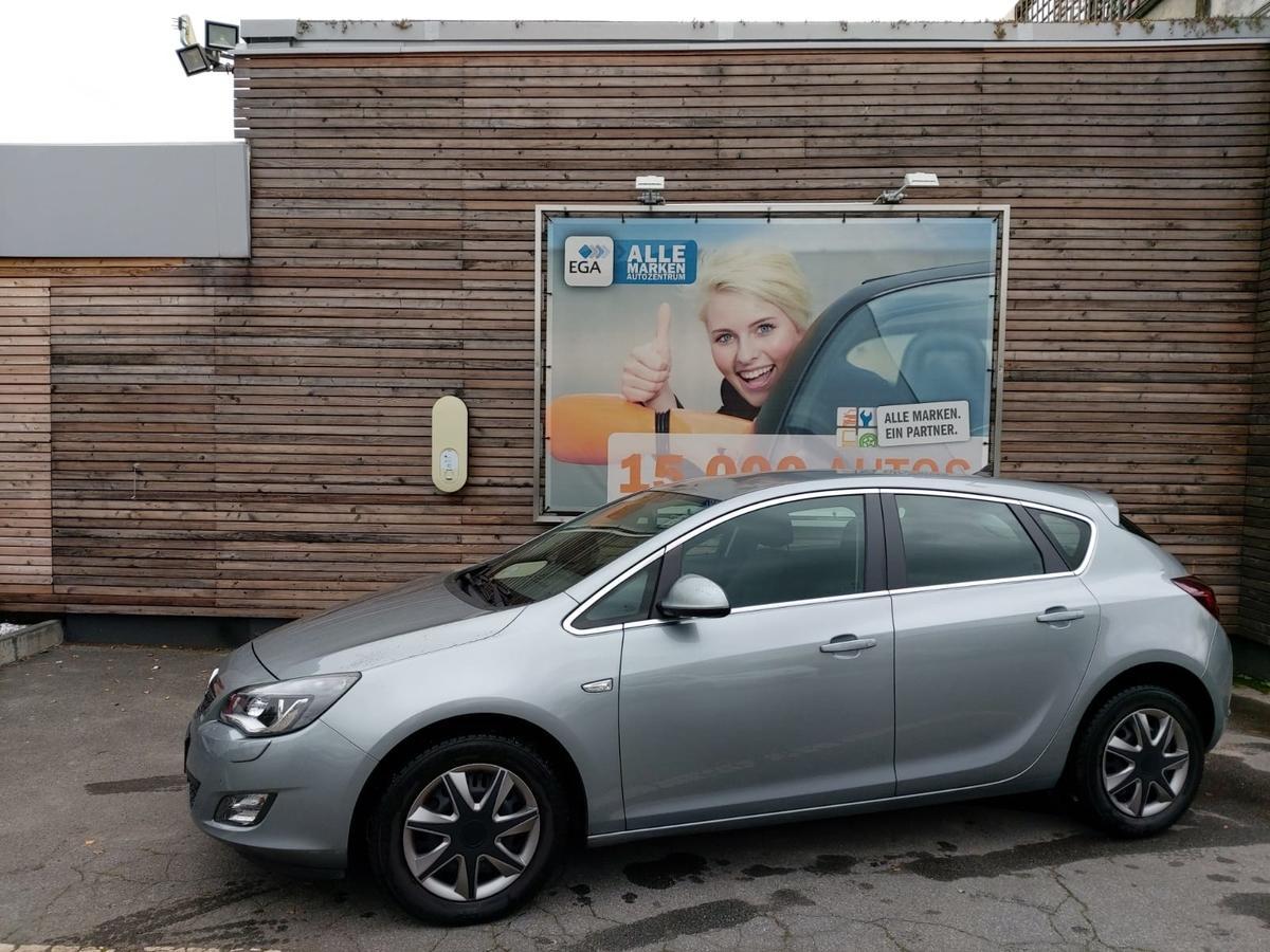 Opel Astra Astra J 1,4 Navi  Bi Xenon wenig Km