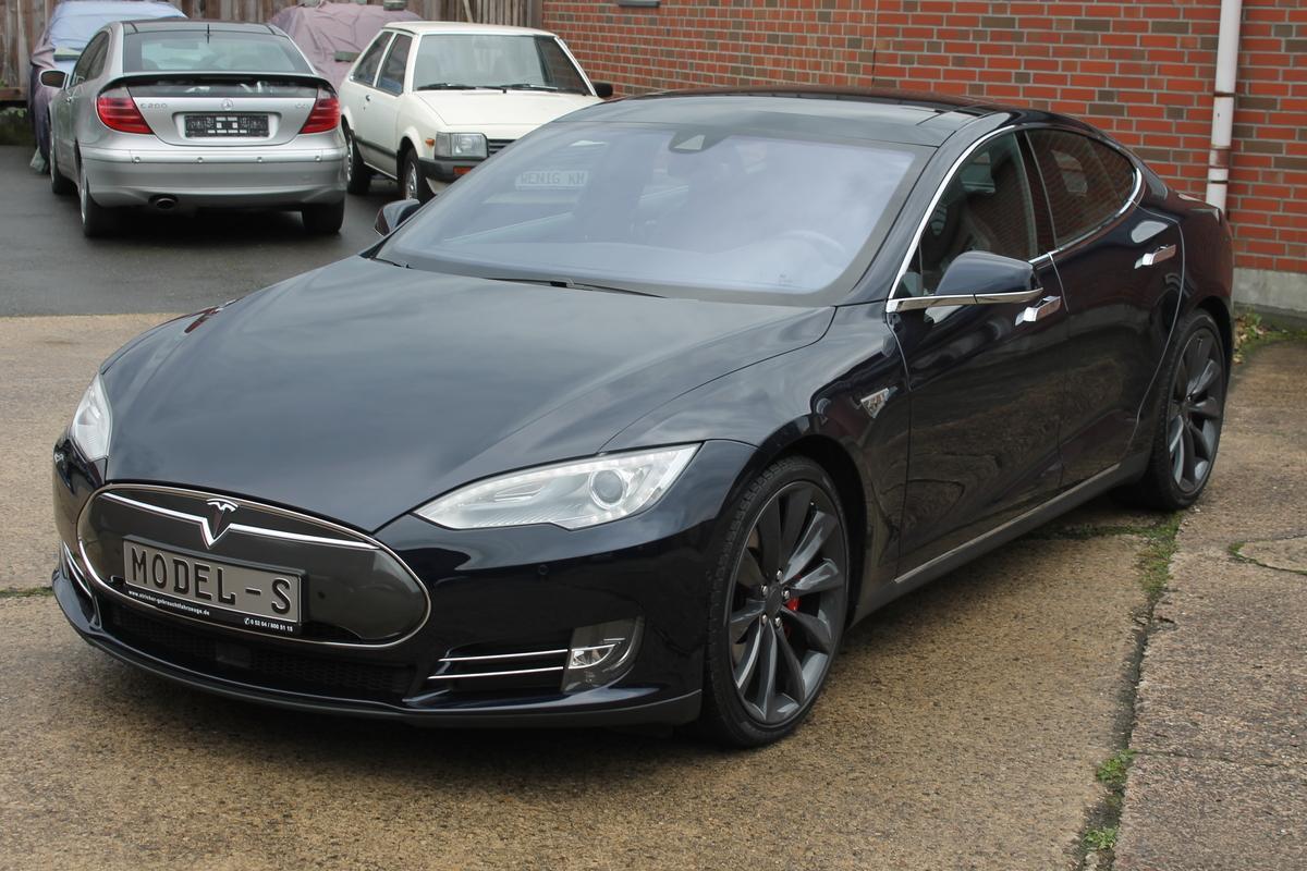 Tesla Model S  P 85 D AP1 543 KW SC Free LTE Premium Voll