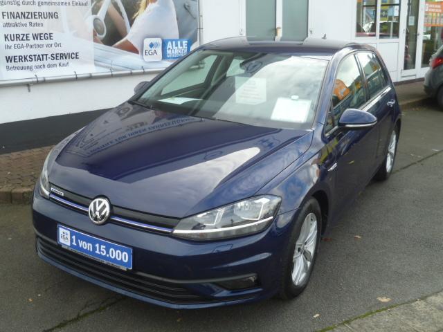 Volkswagen Golf VII Lim. TSI Trendline *LM*Klima*Apple*PDC*Sitzheizung