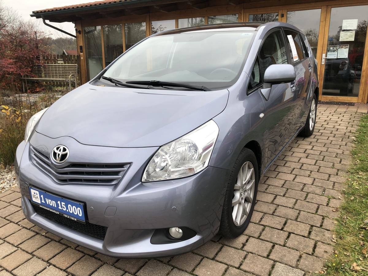 Toyota Verso 2,0 D-4D  Travel Panorama Dach Klimaautomatic