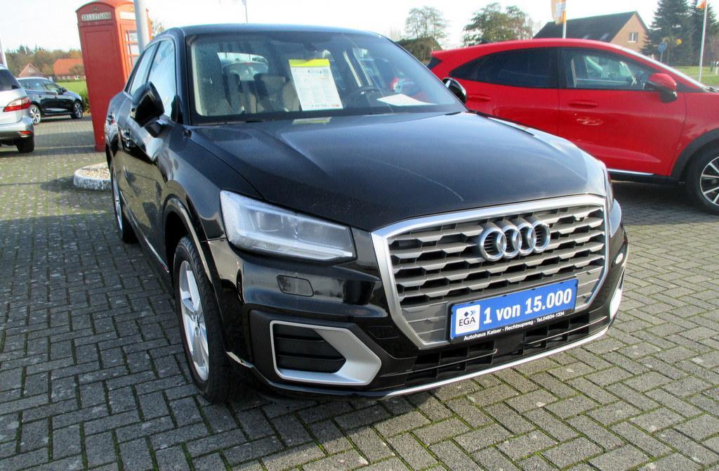 Audi Q2 30 TFSI Sport Navi / LED / Sitzheizung / PDC