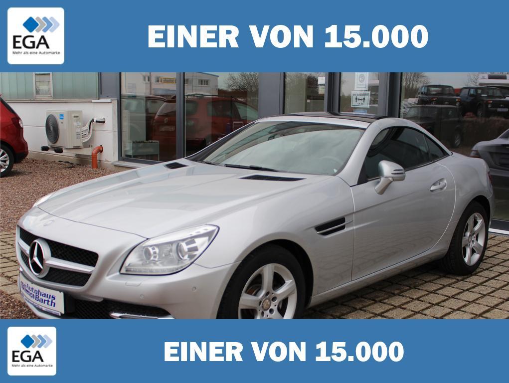 Mercedes-Benz SLK 200 * Leder* Navi* Airscarf* Bi-Xenon * PDC *