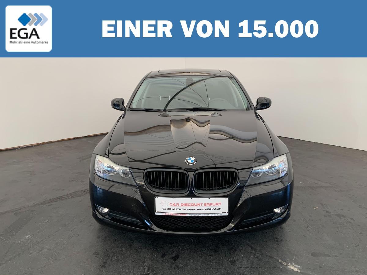 BMW 318i+Klima+Schiebedach+8-fach bereift mit Alufelgen+