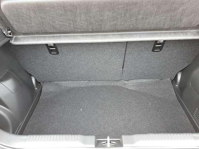 Suzuki Swift 1.2 83PS DUALJET HYBRID Comfort 5-türig LED-Schein