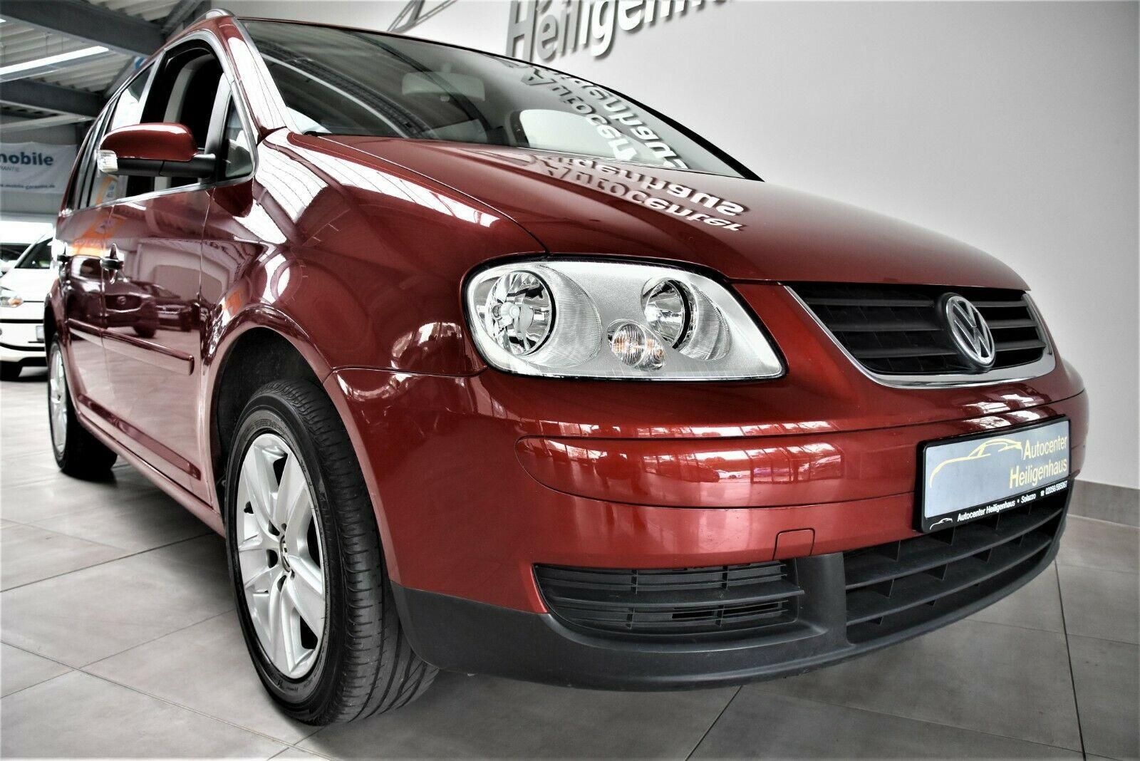 Volkswagen Touran 1.6 Conceptline Klima 7-Sitzer Tempo PDC