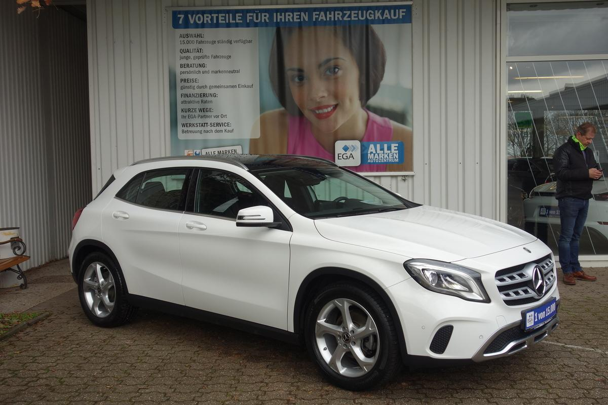 Mercedes-Benz GLA 180 URBAN*PANO*LED*BUSINESS*NAVI*SHZ*PTS AKT*MEDIA*DAB*