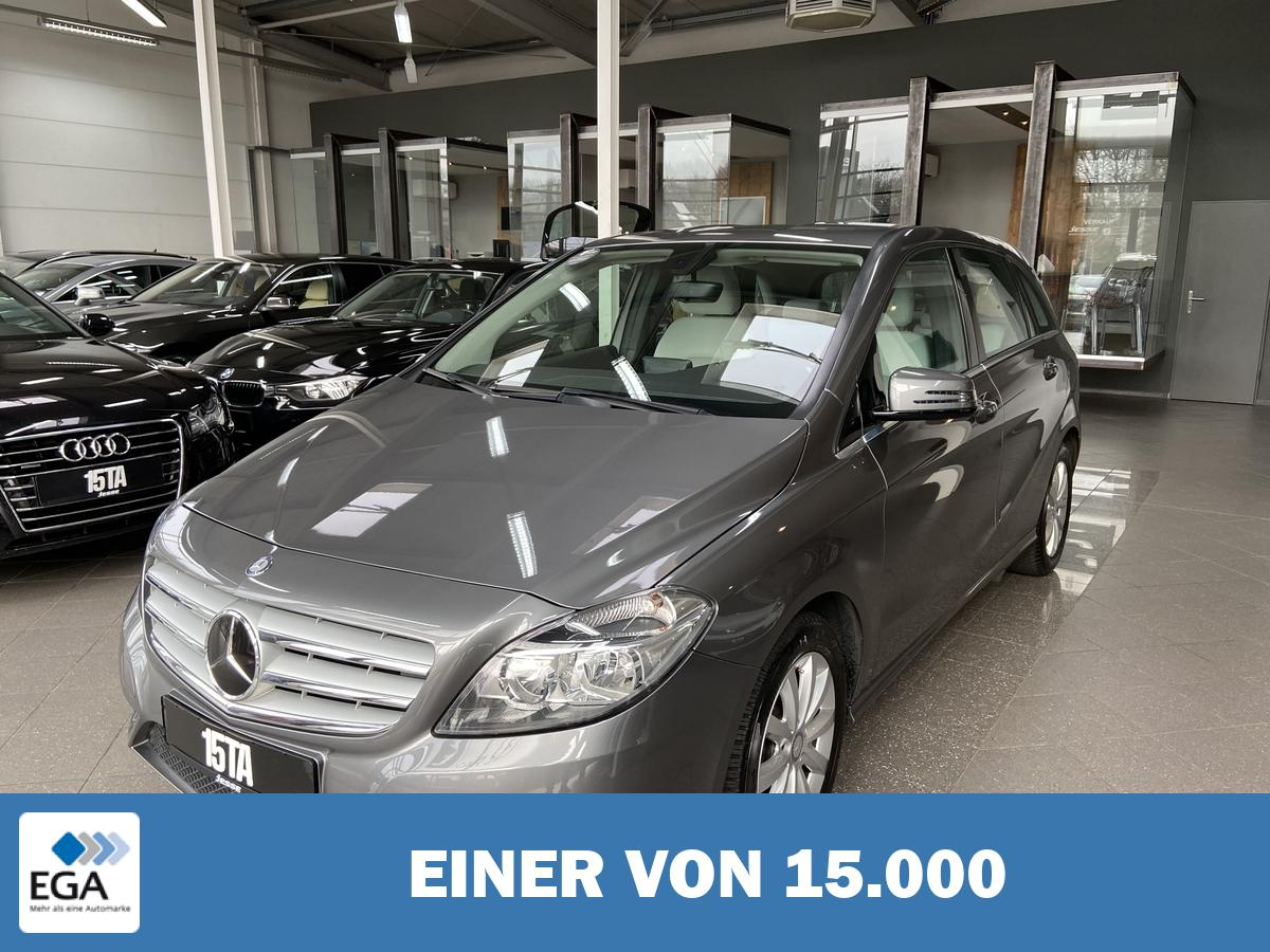 Mercedes-Benz B 180  BlueEFFICIENCY Navi R.Kamera PDC