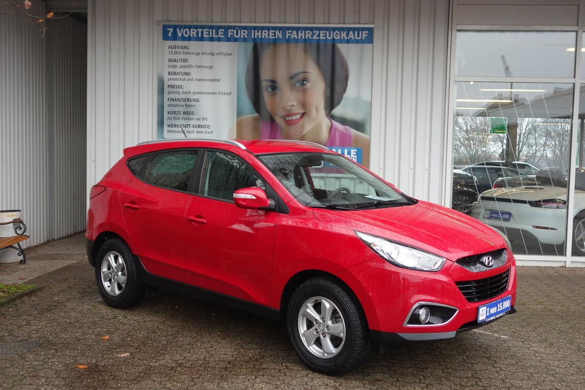 Hyundai ix35 1,6  5 STAR EDITION ALU KLIMA PDC SITZHEIZUNG TEMPO