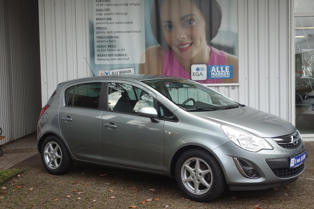 Opel Corsa D SATELLITE*FLEX FIT*PARKPILOT*SHZ*BEH: LKR*TEMPOMAT