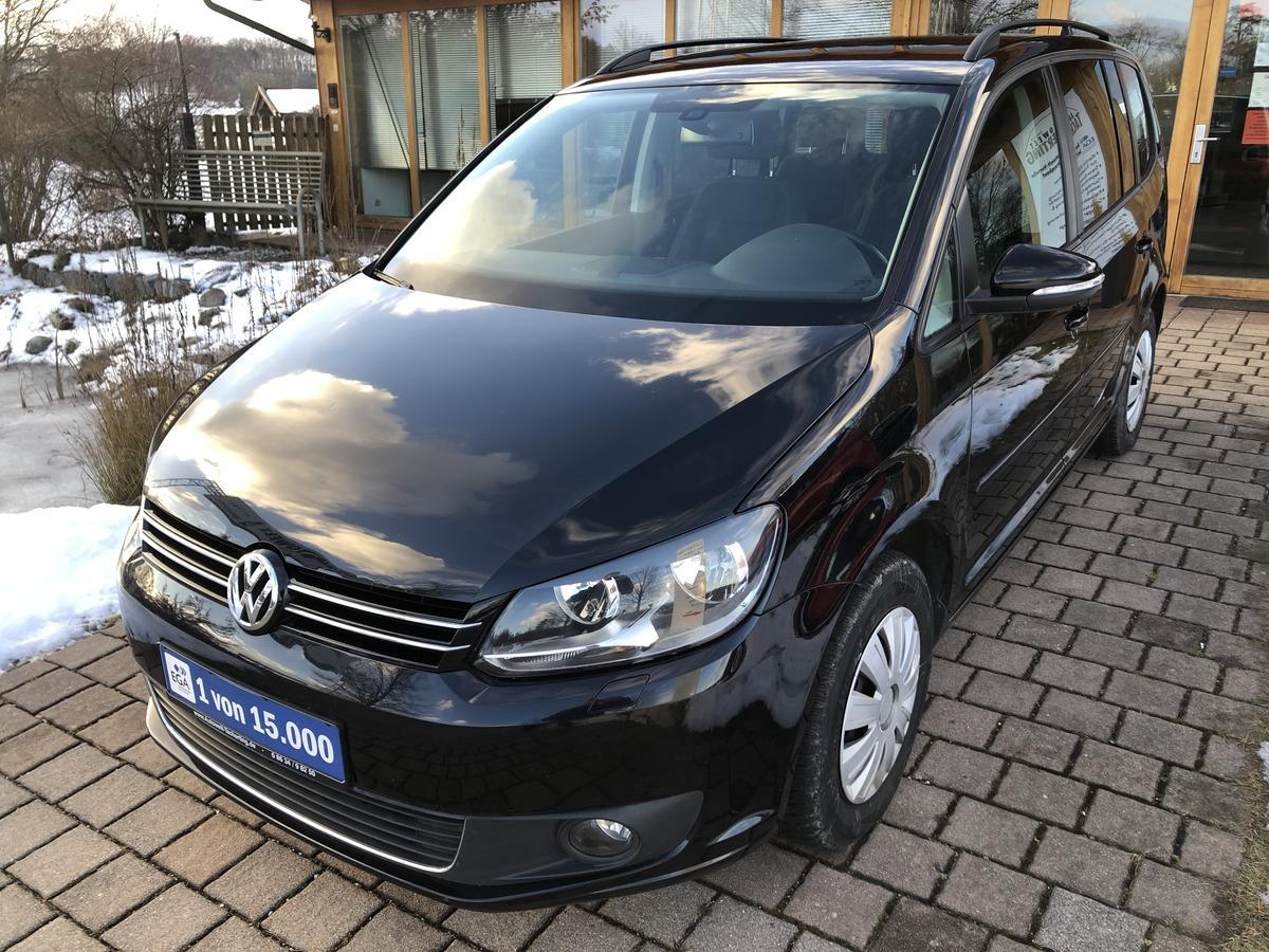 Volkswagen Touran 1,6 TDI 105PS Comfortline Navi*2-Zonen-Klimaautomatik