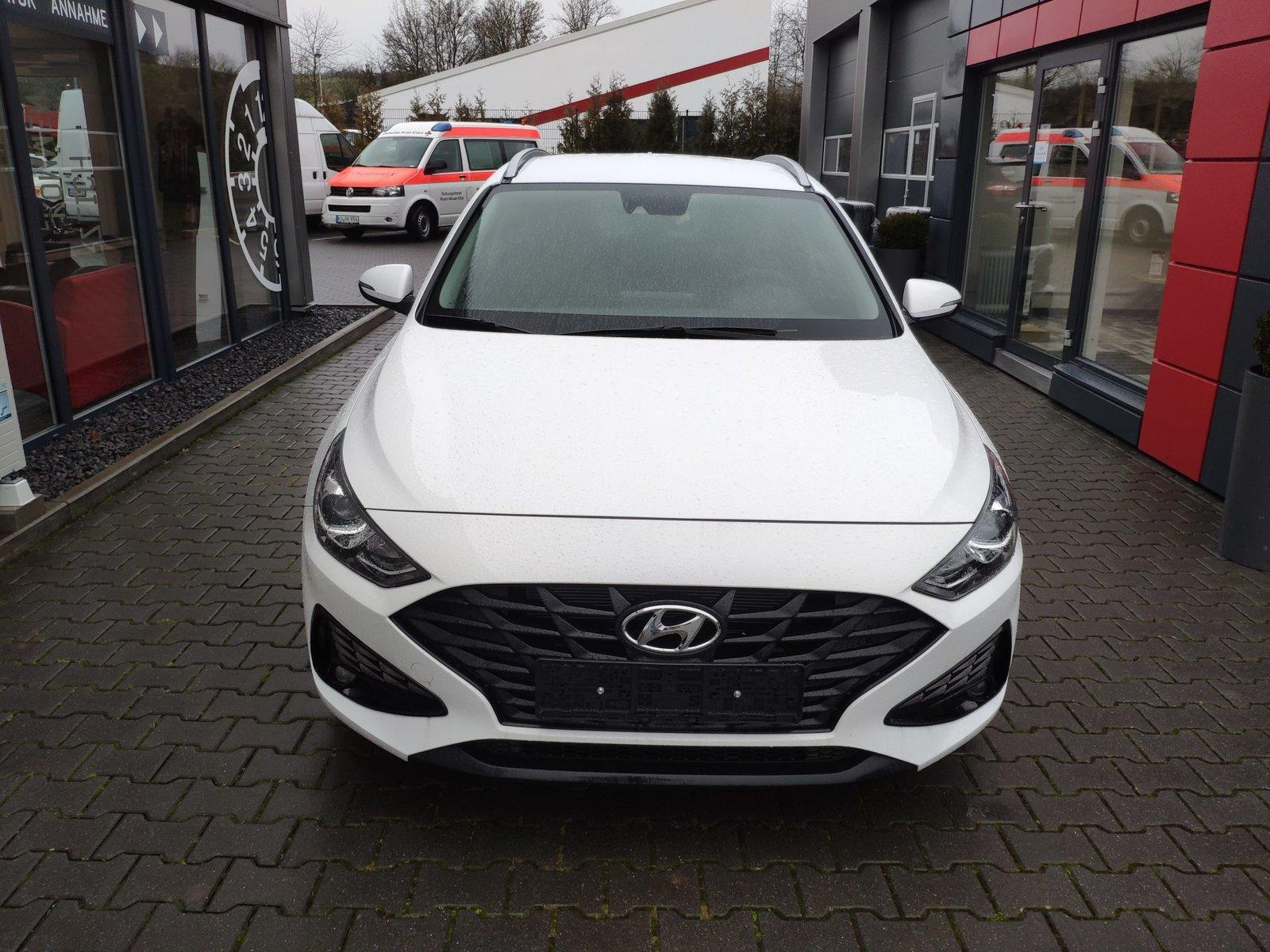 Hyundai i30 Kombi 159 PS AT n. Modell! LED*Cam*Nav