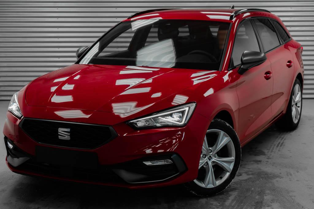 Seat Leon ST neues Modell 1,5 eTSI DSG FR - LAGER
