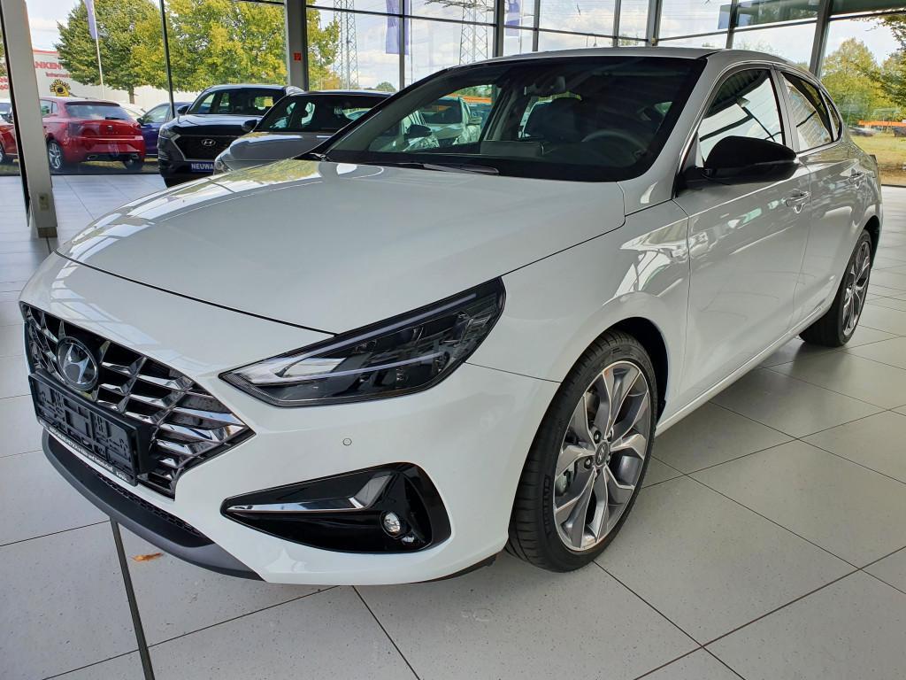 Hyundai i30 FB 1.6 CRDi Style *FACELIFT 2020*7DCT*LED*Navi*Klimaauto*PDC*