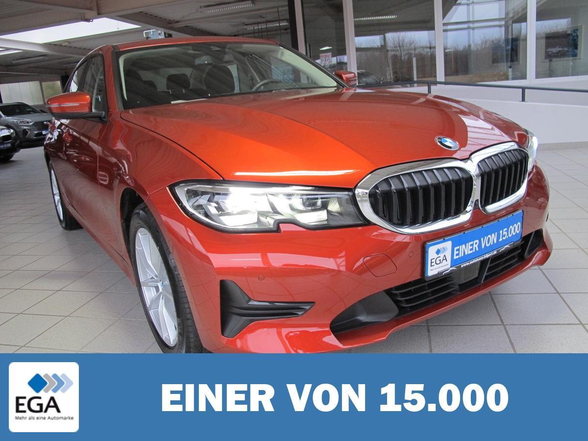 BMW 320i Advantage *LED Schein *AHK*BMW Live Cockpit Professio