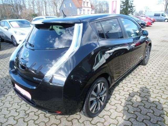Nissan Leaf Tekna 30 kw/h Leder Navi 360° Alu Solar