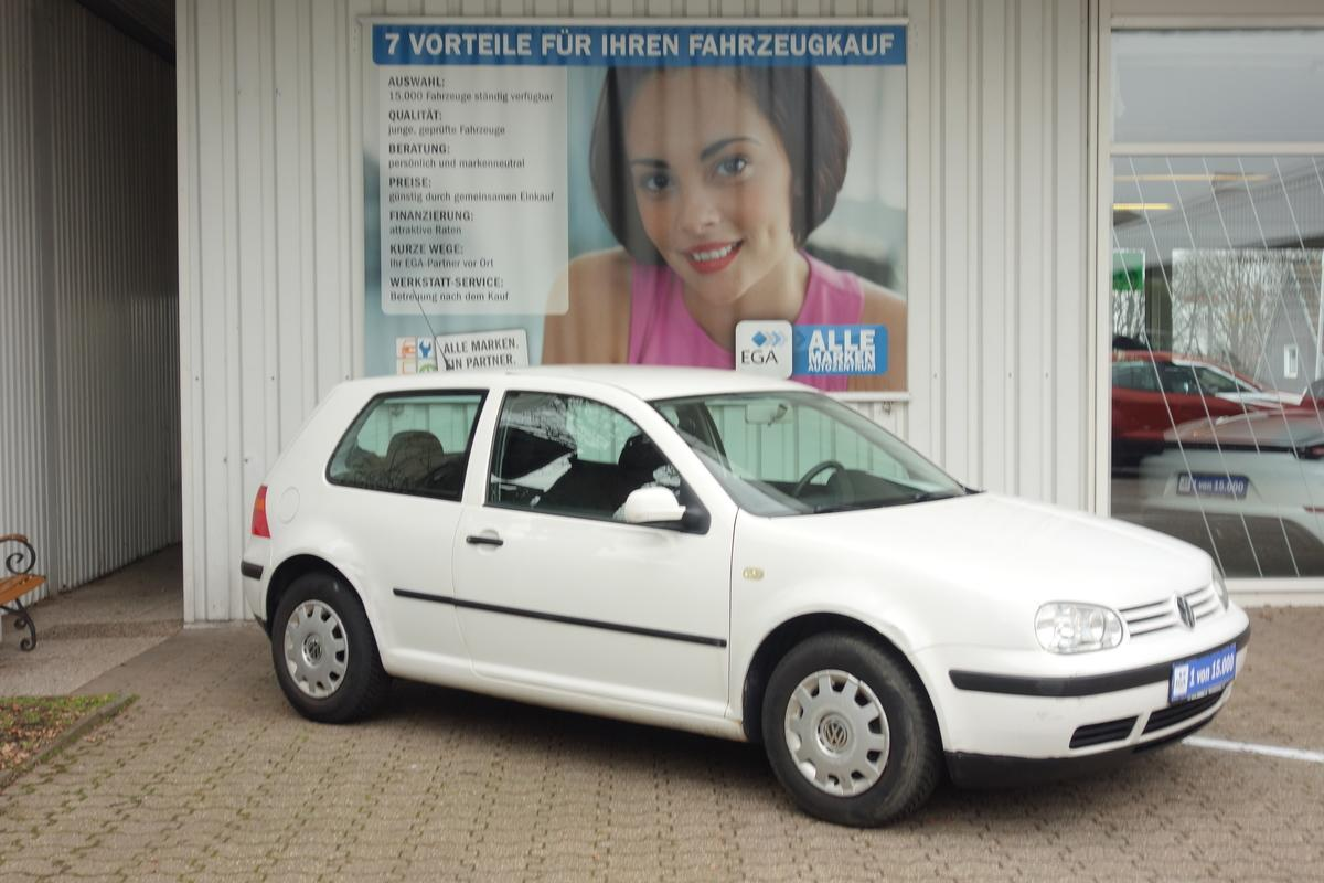 Volkswagen Golf IV* 2 HAND*ALLWETTER*KLIMAANLAGE*HU+AU NEU